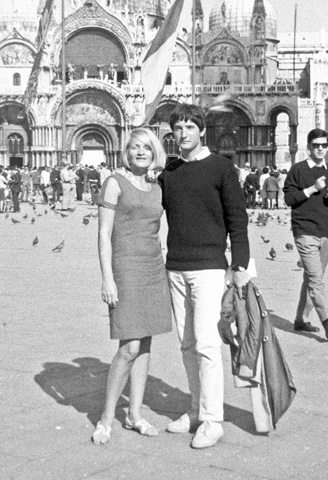 Mit Bruno auf unserer ersten Reise, nach Venedig.