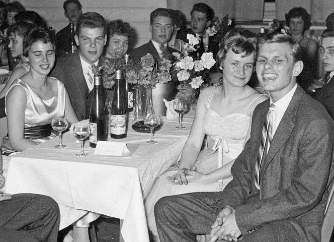 Schlussball Wuppertal 1959, mit Tanzpartner Tom.